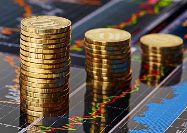 一向来,利率上升对股市的影响是集中于地产股与收息股。投资者担心楼价下跌影响地产股,担心收息股所收的股息吸引力下降