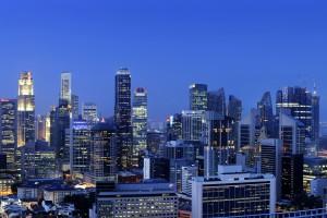 Singapore Cuts 2011 Growth Range as Global Risks Threaten Asia