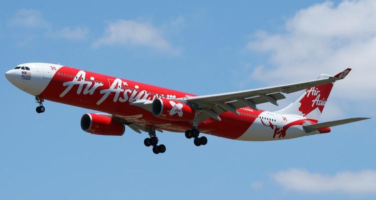AirAsia_X_Airbus_A330-300_Nazarinia-3