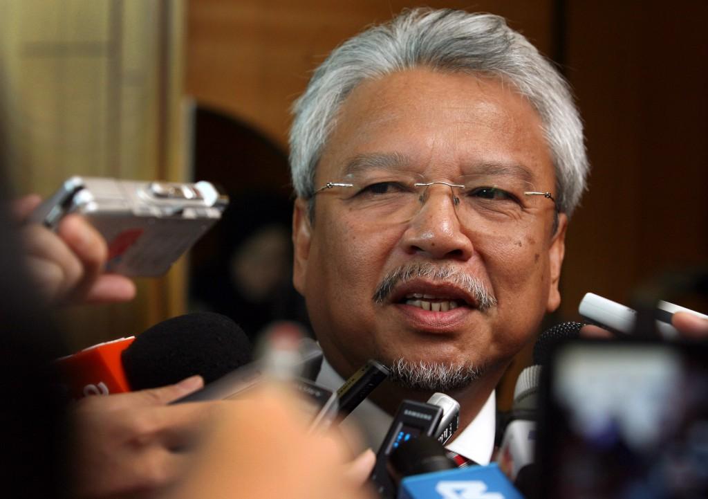 马来西亚第二财政部长拿督斯里阿末胡斯尼