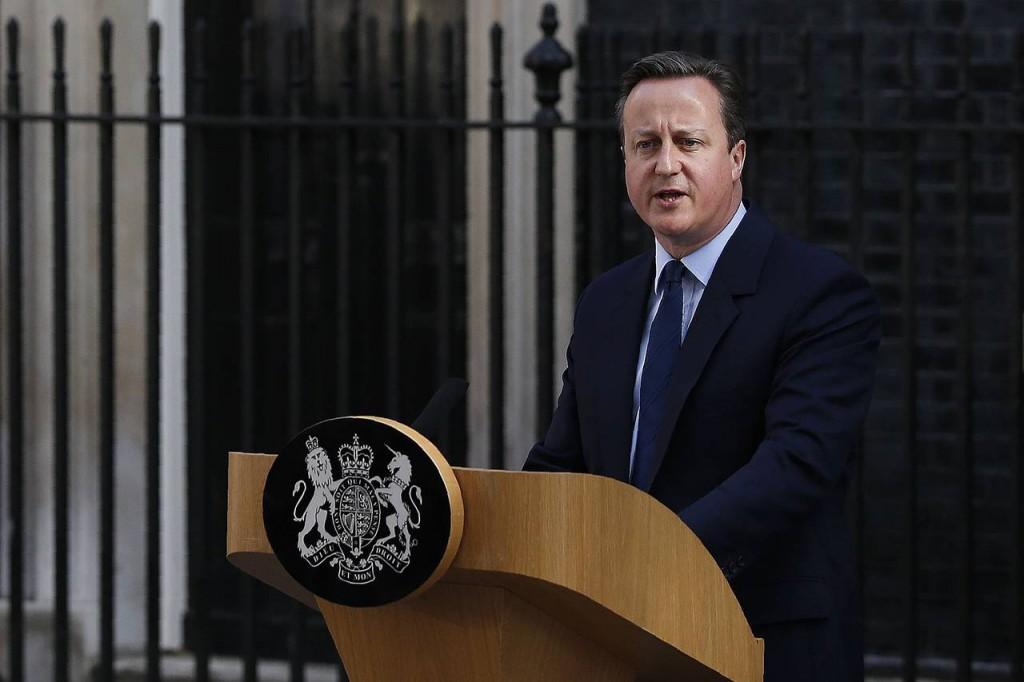 英国首相卡梅伦已表示会启动脱欧程序,但还未向欧盟表态