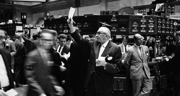 NY_stock_exchange_traders_floor