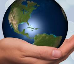 hand-globe