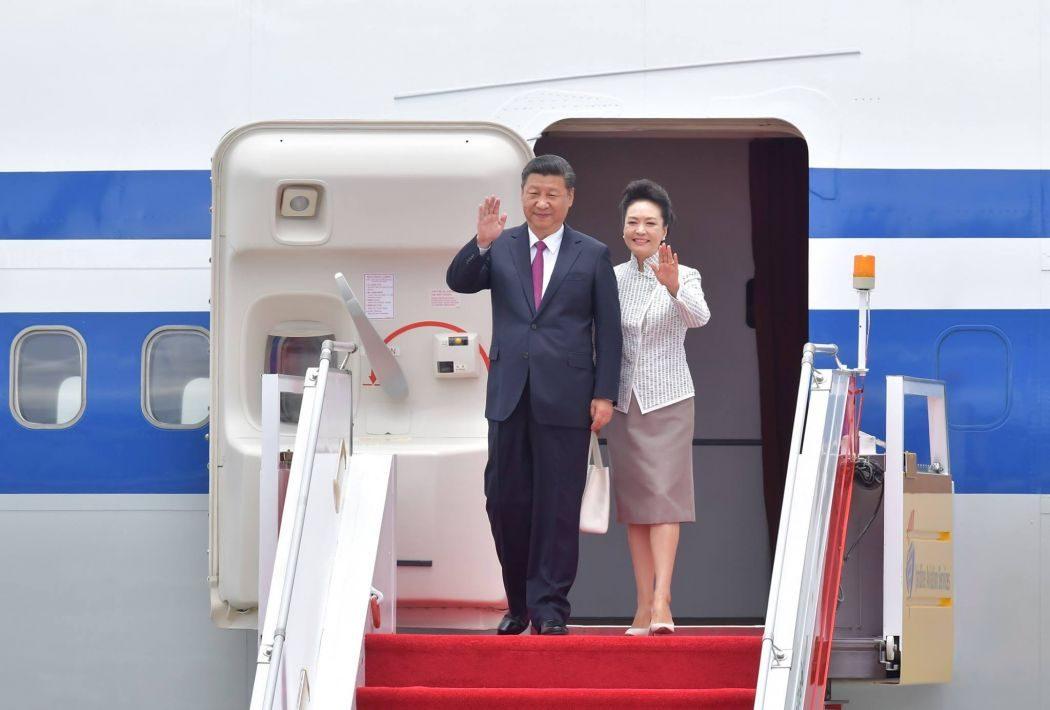 Xi Jinping and Peng Liyuan