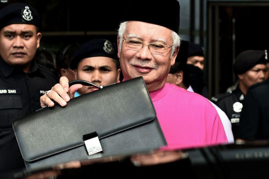 Najib Briefcase Budget