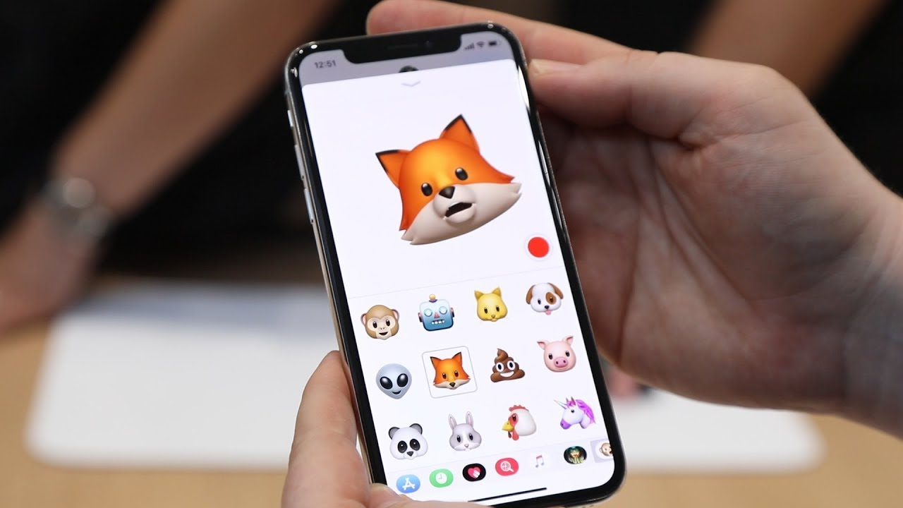 iPhone X emoticons