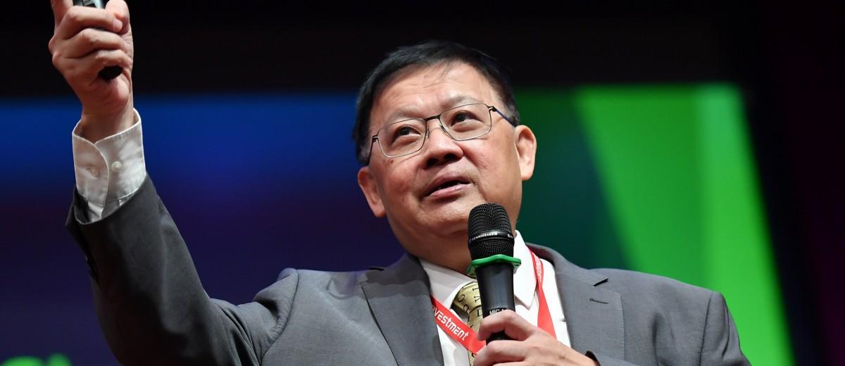 Dr Chan Finger 2017