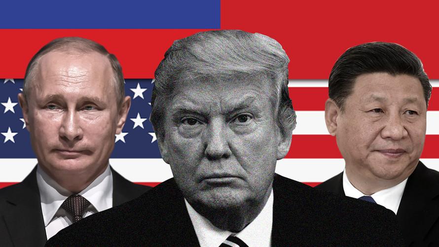 """当中国正式宣布开放市场、降低汽车入口关税的详情之后,特朗普就可以往自己脸上贴金,用来争取2020年连任的本钱。另一方面,美国民主党正在追杀他的""""通俄""""大罪,要拉他下台,特朗普自保的方法就是向美国民众显示他处处反俄罗斯"""