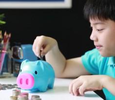 kid saving money