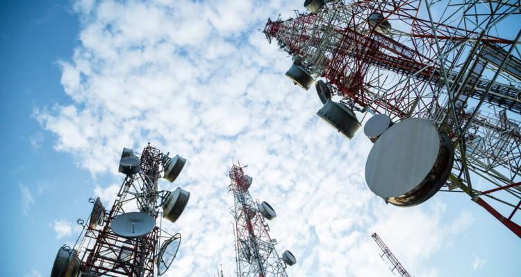 通讯科技股的新炒风不但在美国发生,也在中国内地、香港、日本等地发生,相信还可以炒作一段时间。