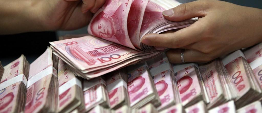 人民币贬值加强了新加坡企业到中国投资的能力。新加坡企业应该改变在中国开工厂,然后把产品卖到美国的商业模式,而是全力进军中国市场。