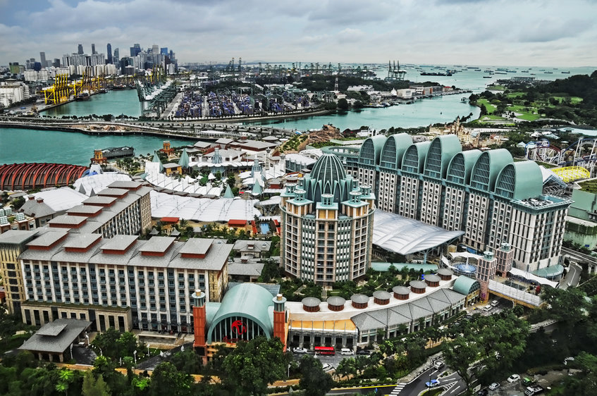rsz_13rsz_1resorts_world_sentosa_viewed_from_the_tiger_sky_tower_sentosa_singapore_-_20110131