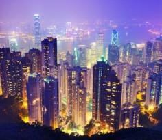 香港恒生指数则在今年年初已经破了2007年的历史纪录,近一段日子出现调整。但是,多只恒指成份股已在近日创出历史新高或52周新高
