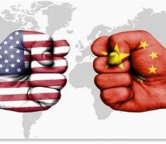特朗普态度突然强硬起来只有两个原因,一是为了面子,不能在美国人面前示弱。第二个理由则纯粹是贸易谈判的战术